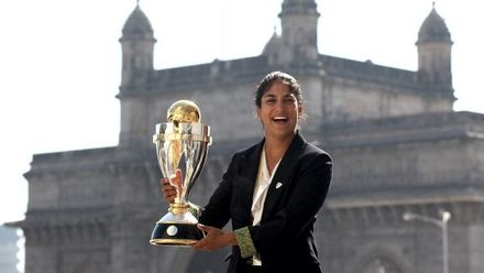 Lisa Sthalekar retired as the No.1 all-rounder and bowler in T20Is and the No.2 all-rounder and bowler in ODIs