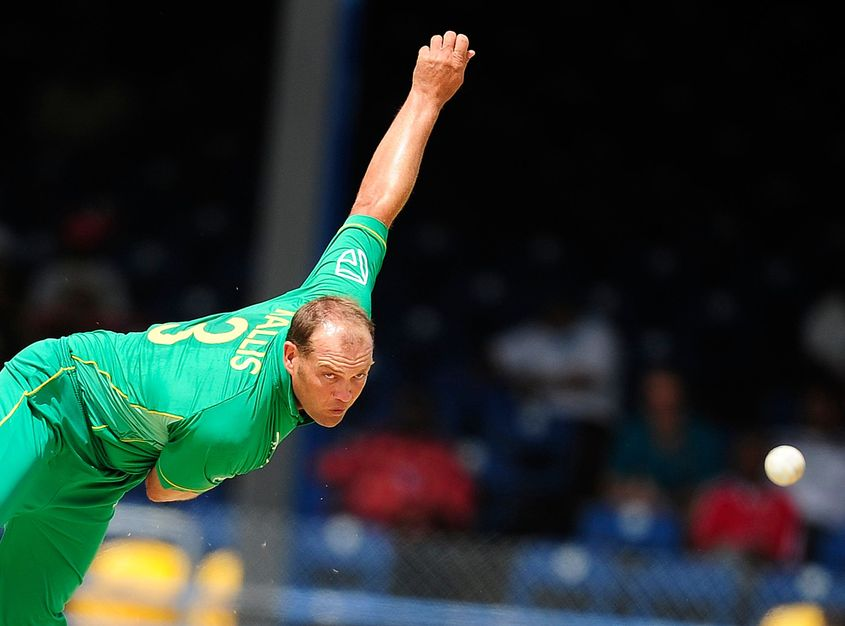 Jacques Kallis picked up more than 250 wickets in both Tests and ODIs
