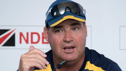 Mickey Arthur rues 'one disastrous session'