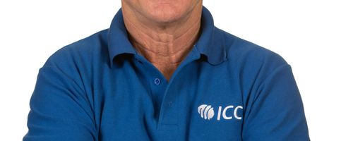 Bruce Oxenford will continue officiating within Australia