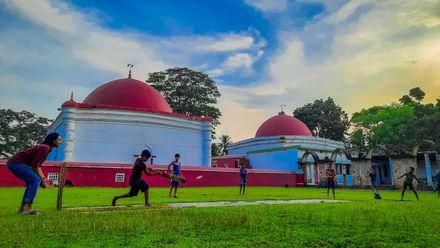 As pretty as a picture. Photo credit: Farhan Rehat. Location: Khan Jahan Ali Mazar, Bagerhat, Bangladesh