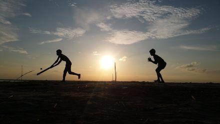 The beauty of the game at dawn. Photo credit: Emon Khan. Location: Bahadurabad Ghat, Islampur Jamalpur, Dhaka, Bangladesh