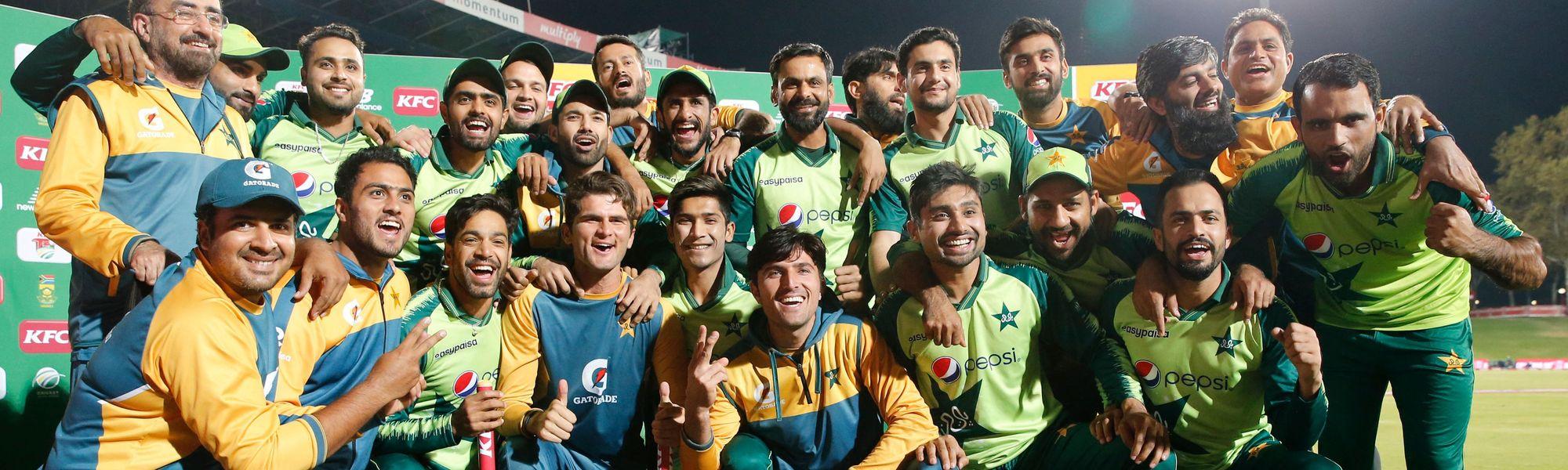 Pakistan v SA T20I trophy