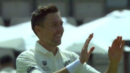 Ashwin falls, Boult celebrates | WTC21 Final | Ind v NZ