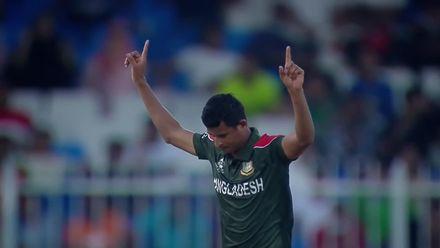 Rajapaksa out after 31-ball 53