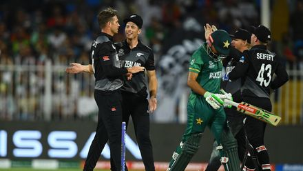 Southee claims 100th T20I wicket